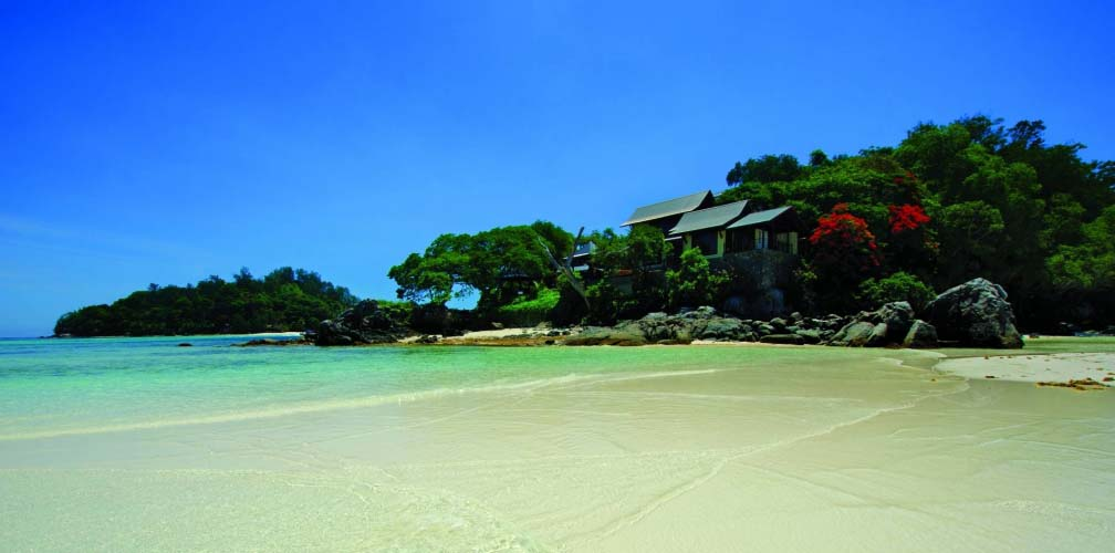 Seychellen_Enchanted_Island_Resort_strand_zee