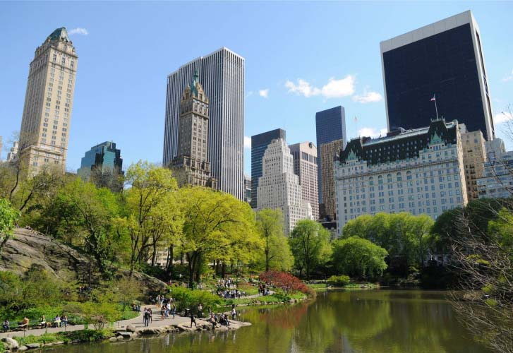 USA_New_York_City_Central_Park_The_Pond