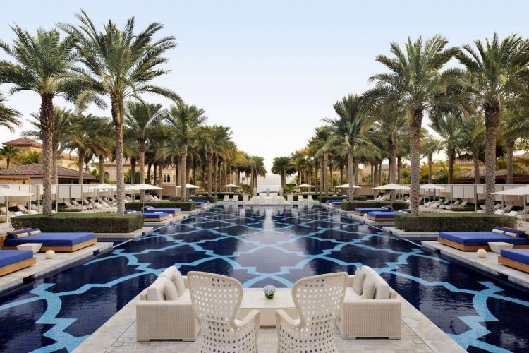 Dubai_One_and_Only_The_Palm_zwembad