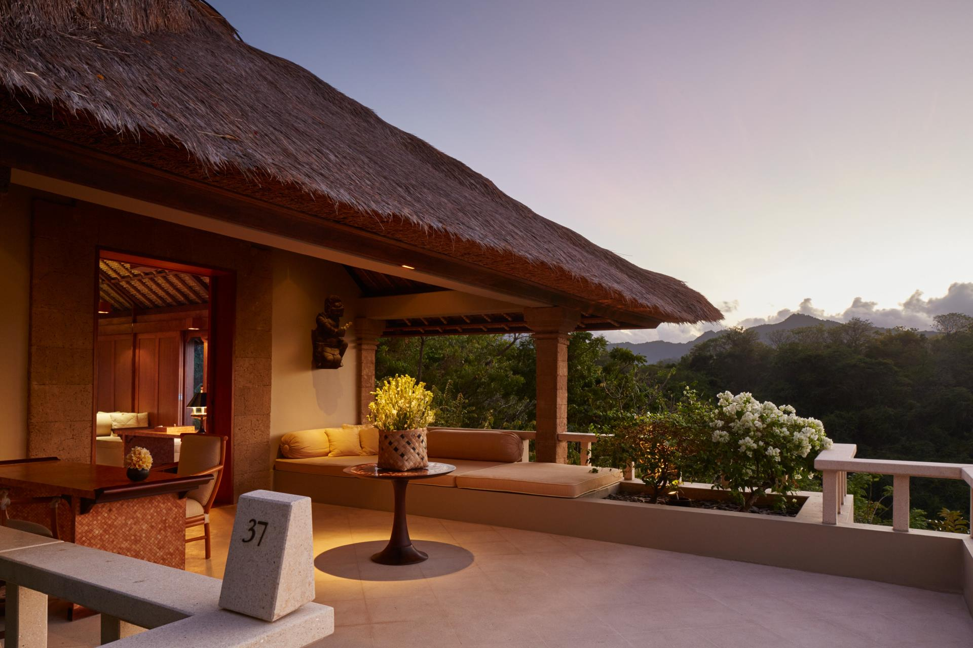 Indonesië_Bali_Amankila_ocean_suite_terrace