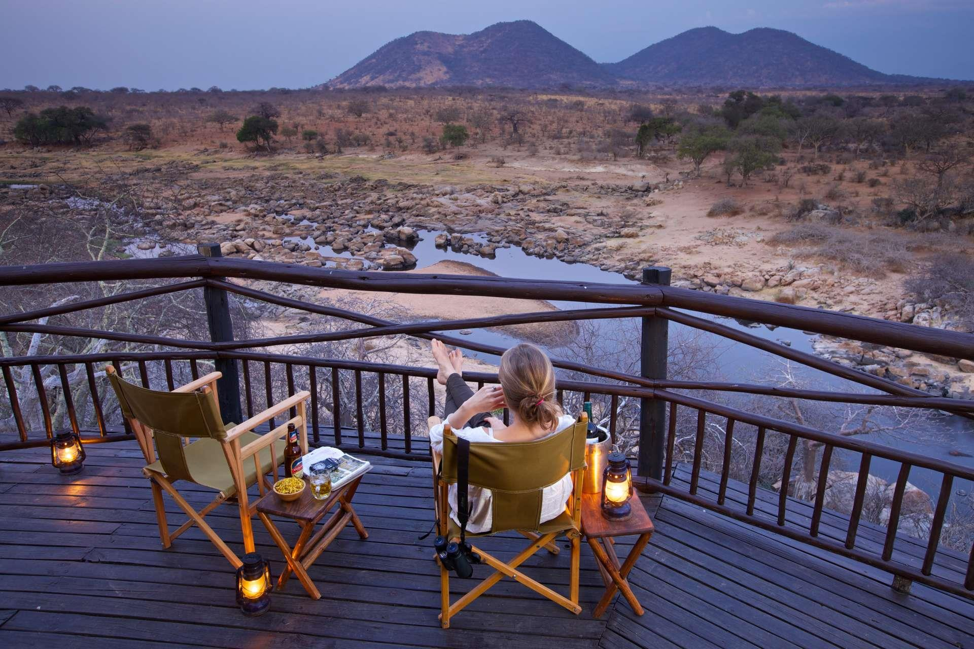 Tanzania_Ruaha_National_Park_Ruaha_River_Lodge_uitzicht