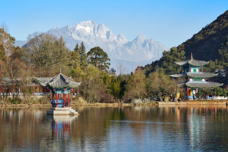 China_Lijiang_Black_Dragon_Lake