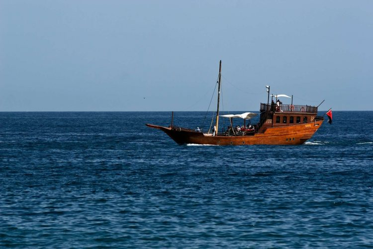 Oman_dhow_boot