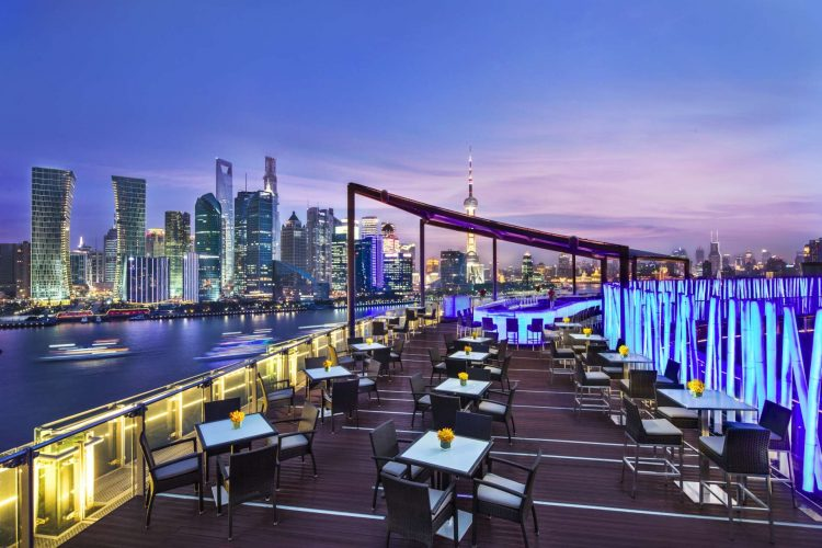China_Shanghai_Banyan_Tree_on_the_Bund_rooftopbar
