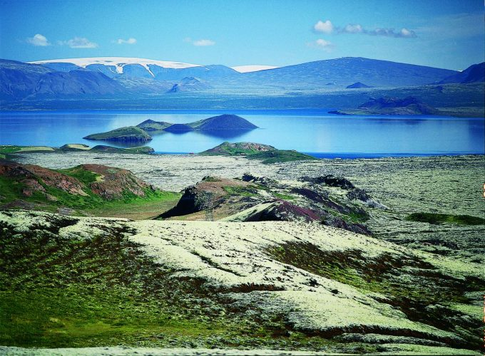 IJsland_Thingvellir_National_Park_Thingvellir_Lake_Thingvellir