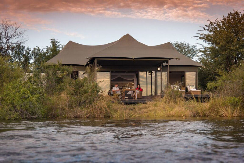 Zimbabwe_Zambezi_National_Park_Old_Drift_Lodge_Suite_tent_rivier